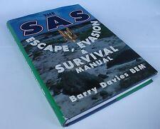 SAS Escape : Evasion and Survival Barry Davies signalling  self-defense.tracking