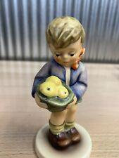 "German Goebel Hummel Figurine Figure #485 ""Gift From A Friend"" Exclusive 1988"