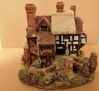 E* Lilliput Lane Cottages Three Feathers pub thatch handmade sculpture house