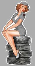 STICKER PINUP PNEUS AUTOCOLLANT MOTO AUTO GIRL SEXY MECANO ANNEE 60 PC026