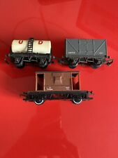 Hornby - Tri-ang Train Carriages x3 - UD Oil, W8755 IOT, 20T 952564