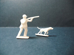 Matchbox Lesney Replacement Hunter and Dog for# 42-B Studebaker Wagonairre, OEM