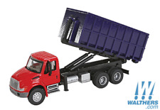 HO Scale Walthers Scenemaster 949-11630, International Dumpster Truck, Red/Blue