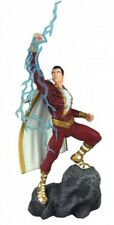 DC Gallery Shazam 11-Inch Collectible PVC Statue