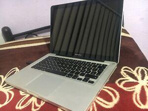 MacBook Pro 2010 13,3
