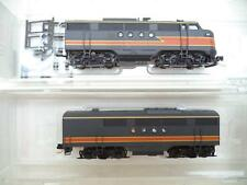 MicroTrains N FT-AB locomotive set, Milwaukee Road 40, sd59