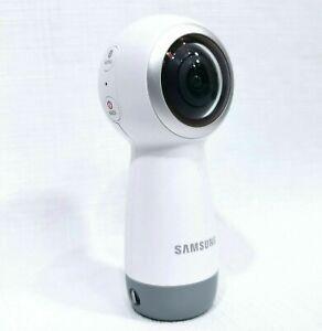 SamsungGear 360 Camera in 4K or broadcast live2017 UK Version - Free Delivery