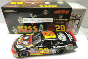 2004 ACTION 1/24 KEVIN HARVICK #29 SAM BASS KISS GM GOODWRENCH CHEVY MONTE CARLO