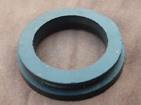 FORD GRANADA MK1 CONSUL   FUEL TANK FILLER PIPE GROMMET / SEAL NEW GENUINE FORD