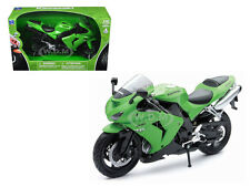 2006 KAWASAKI ZX-10R NINJA GREEN 1/12 MOTORCYCLE MODEL BY NEW RAY 42447A