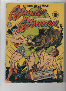 WONDER WOMAN #8 (1943) - Grade 3.5 - Golden Age Harry Peter cover!