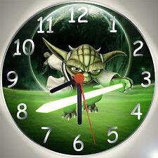 """Wanduhr - Star Wars Clone Wars - Motiv  """"Planet Yoda"""" - Uhr für das Kinderzimmer"""
