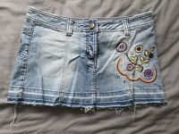 Topshop Moto Women's Floral Embroidered Denim Skirt Size 10 Good Used Condition