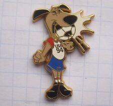 World Cup USA 94 Mascot Striker... Sport pin (126k)