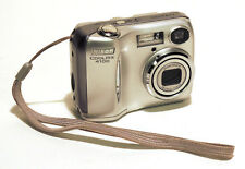 NIKON COOLPIX 4100 Fotocamera digitale 4 mpx colore argento