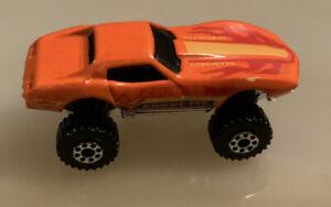Hot Wheels orange 1975 Monster Corvette Stingray. 1:87 Die-cast