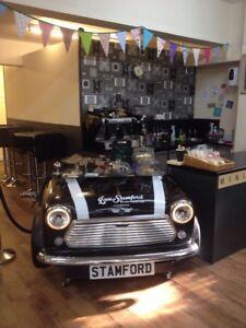 Cake Display Stand For Coffee Shop Showroom Sandwich Bar MINI COOPER DESK Table