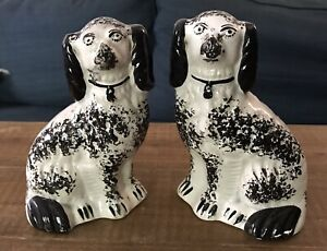 Pair Of Vintage English Staffordshire Spaniel Hound Mantle Dogs, Have Flaws