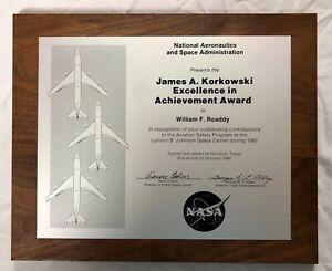 NASA Astronaut Shuttle Readdy 1987 Excellence Achievement LBJ Space Center Award