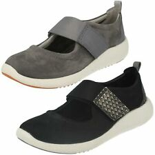 Ladies Clarks Casual Flats 'Cowley Folly'