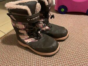 Airwalk women's snow boots - brown/ pink - size US 6 (39.5)