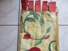 rideau en coton couleur jaune clair avec grosses fleurs rouge 135cmx 265