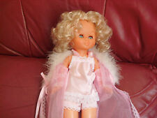 Ancienne poupée Nancy de Famosa vintage en tenue d' origine