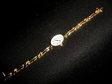 Ladies Austern & Paul Solid 14kt Gold Oval Wrist Watch Reed Ribbon Link Band