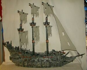 Mega Bloks Pirates of The Caribbean Flying Dutchman 1029 Ship Almost Complete
