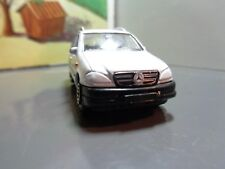 WELLY MERCEDES-BENZ M CLASS, WHITE   1:64 SCALE 5-5-17