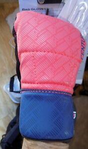 CENTURY Training WOMEN'S BRAVE BAG GLOVES NWT mesh palm open fingers peach/navy