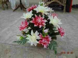 künstliche Blumen  pflanzen  Blumen  Grabgesteck Dahlien rosa/weiss
