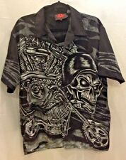 Mens DC Clothing button down casual button down shirt with Skull size Medium