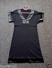 Zwarte jurk met zwart satijn Maat 38 NIEUW