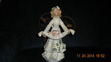 Apples Autumn Angel with Wire Wings Angel Accents Collection Roman 2002 # 49363
