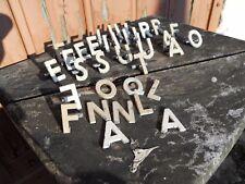Lot d'anciennes lettres miniature d'enseigne de magasin épicerie en zamak