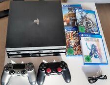 Sony PlayStation 4 Pro (CUH-7216B), inkl. zwei Controllern und vier Spielen