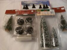 Christmas Village - Pine Trees Collection - New