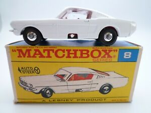VINTAGE MATCHBOX LESNEY No.8e FORD MUSTANG IN ORIGINAL BOX ISSUED 1966 HTF BOX
