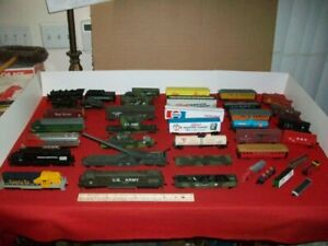 LOT MODEL RAILROAD LOCOMOTIVES,CARS,TRACK, ETC. REPAIR OR PARTS ONLY. UNTESTED.