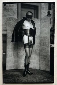 Pierre MOLINIER / Photographie originale. Autoportrait au masque.