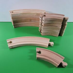 """KidKraft THOMAS WOODEN RAILWAY Curved Track Pieces 