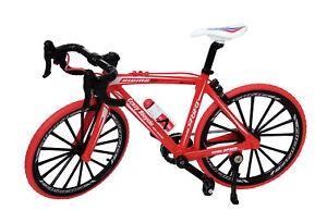 FAHRRADMODELL 1:10 Maßstab Rot Metall Fahrrad Miniatur Modell Rennrad Bike 55