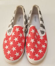 NWOB Old Navy Crept, Canvas Slip On Shoes AMERICAN FLAG Red Blue Size 10 M