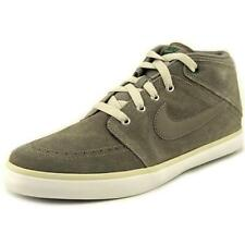 Chaussures gris Nike pour homme, pointure 43