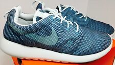 Nike Roshe Sneaker/ Size 8.5/Turquoise/ Fabric/Unique Print/Mens/**CLEAN**