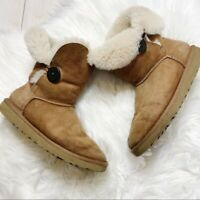 UGG Australia Chestnut Bailey Button Sheepskin Short Boots Size US 7
