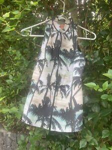 billabong women's 1mm Salty Daze Wetsuit Vest size 6 EUC
