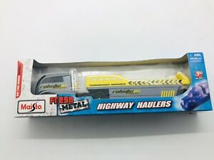 """MAISTO HIGHWAY HAULERS CAR TRANSPORTER TRUCK NEW IN BOX 1:87 """"HO"""" SCALE"""