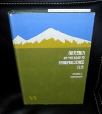 1967 ARMENIA ON THE ROAD TO INDEPENDANCE 1918- Richard G. Hovannisian - SIGNED !